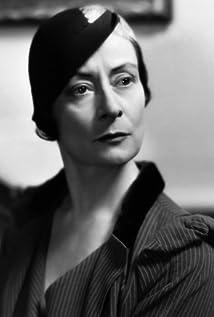 Rafaela Ottiano Picture