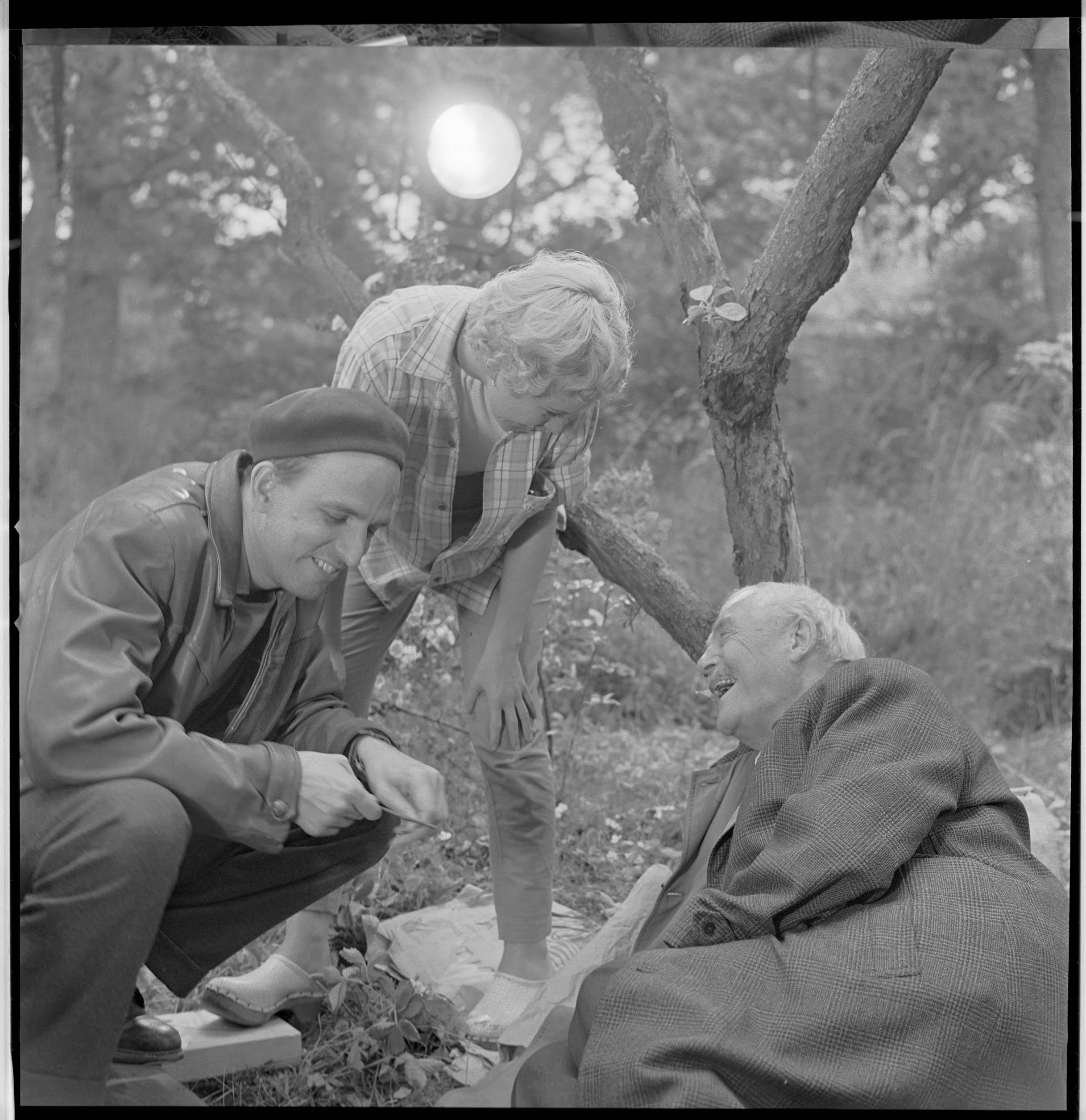 Ingmar Bergman, Bibi Andersson, and Victor Sjöström in Bergman - ett liv i fyra akter (2018)