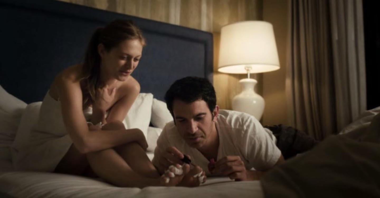 28 Hotel Rooms (2012) Online Subtitrat in Romana in HD 1080p