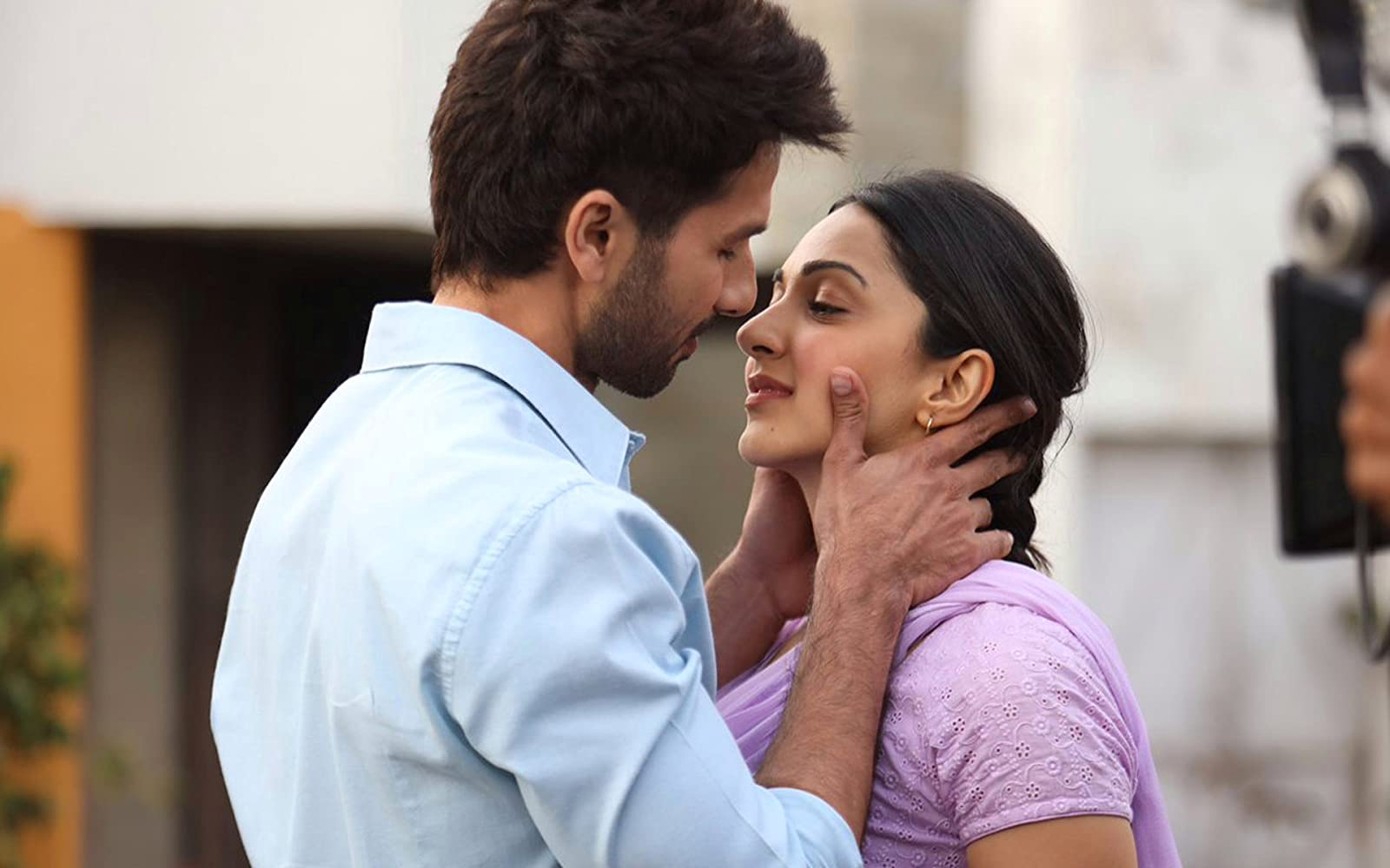 Shahid Kapoor and Kiara Advani in Kabir Singh (2019)