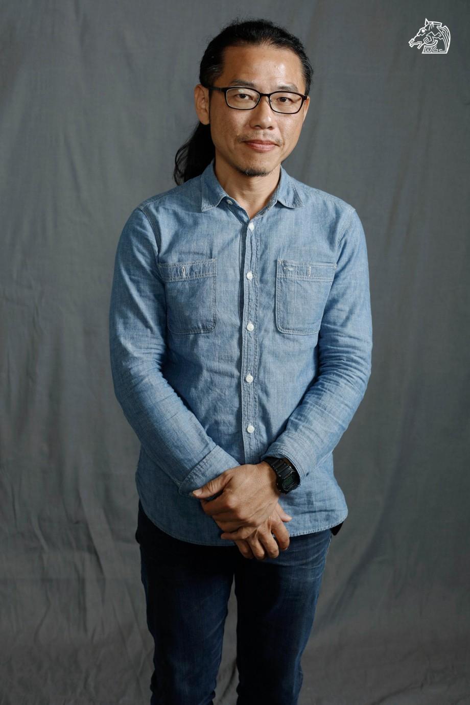 Wei-Liang Chen