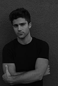 Primary photo for Max Ehrich