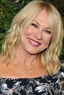 Kerri-Anne Kennerley Picture