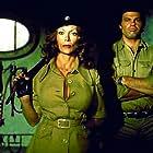 Dyanne Thorne and Eric Falk in Greta - Haus ohne Männer (1977)