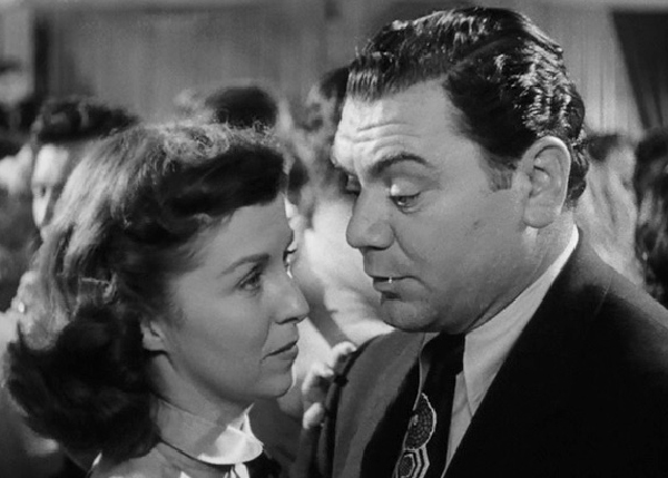 Ernest Borgnine and Betsy Blair in Marty (1955)