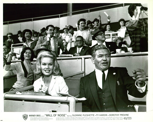 Simon Oakland and Dorothy Provine in Wall of Noise (1963)