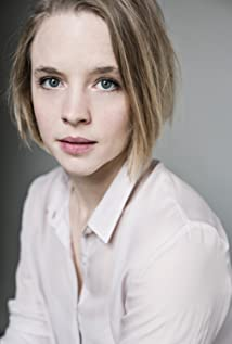 Jessica Clark Picture