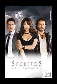 Natalia Duran, Juan Pablo Espinosa, and Iván López in Secretos del paraiso (2013)