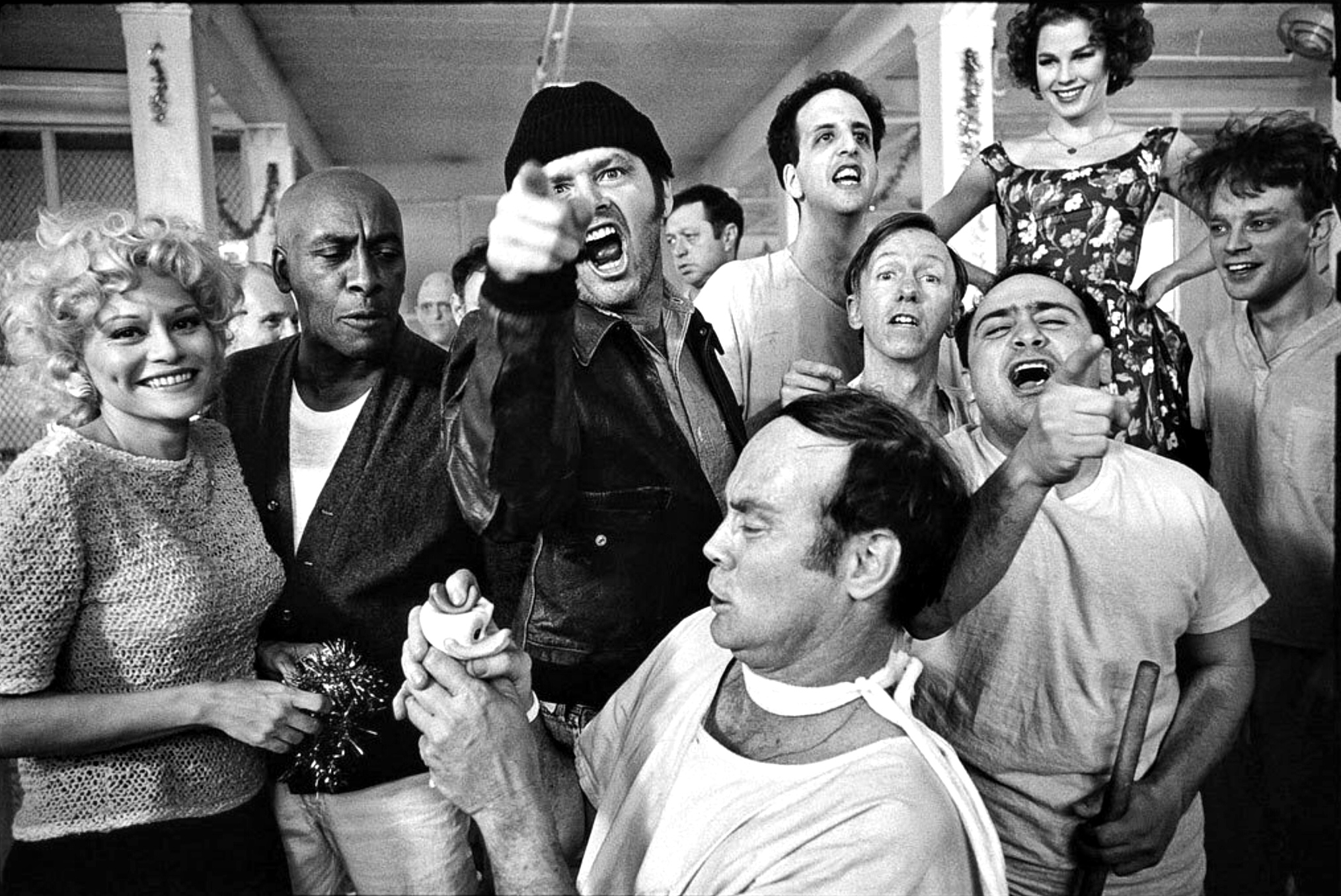 Jack Nicholson, Danny DeVito, Brad Dourif, Scatman Crothers, Vincent Schiavelli, Michael Berryman, William Duell, Louisa Moritz, and Mews Small in One Flew Over the Cuckoo's Nest (1975)