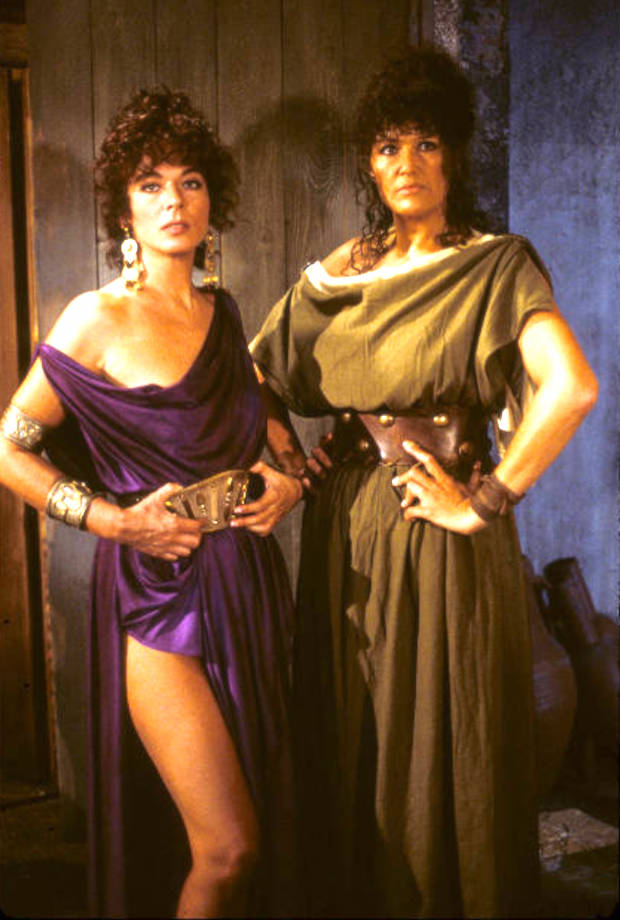 Francesca Romana Coluzzi and Marilù Tolo in The Last Days of Pompeii (1984)