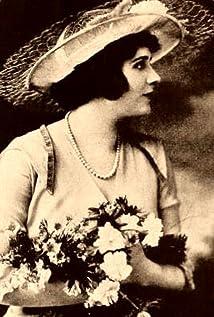 Edna Goodrich Picture