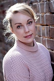 Tara Jay Picture