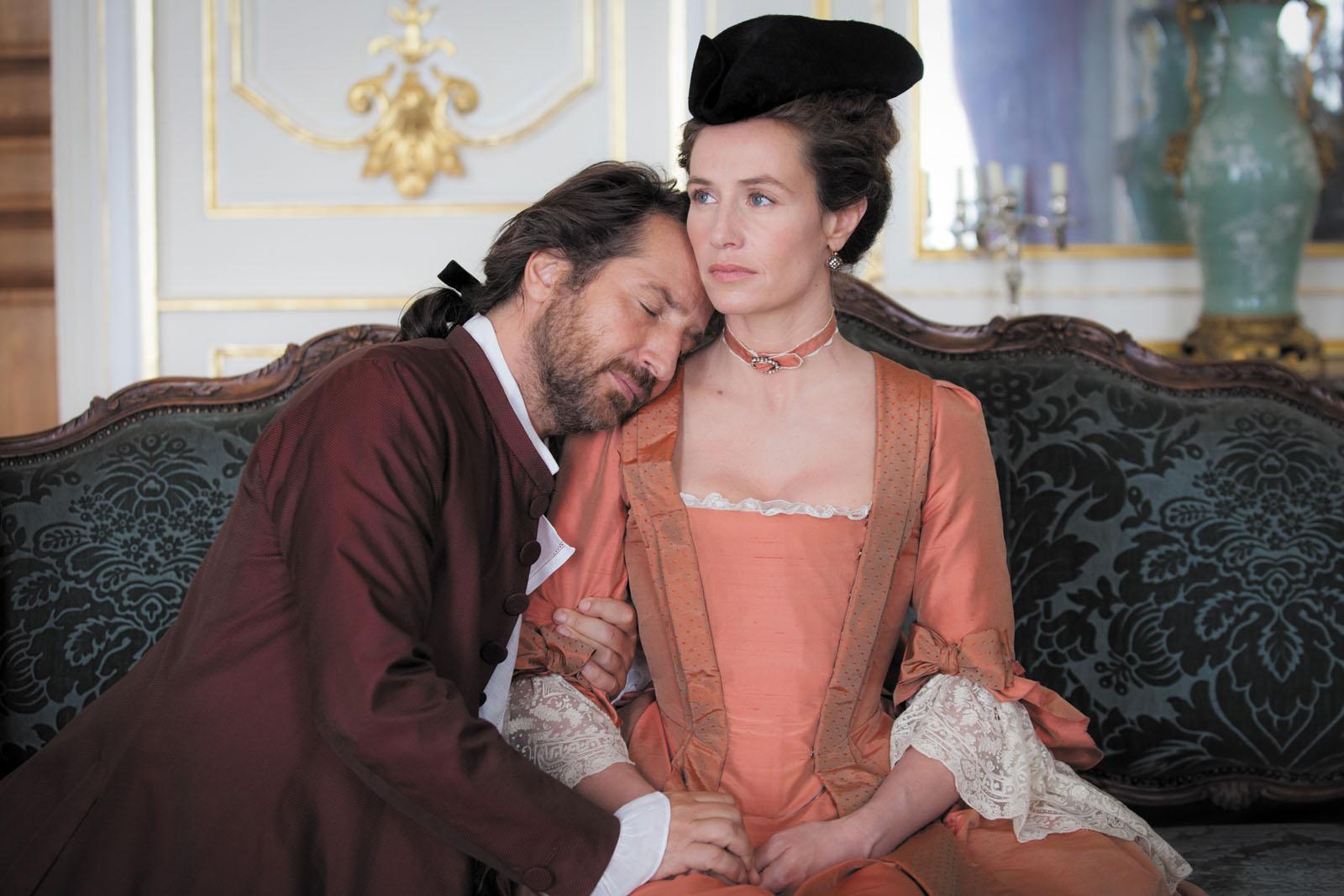 Edouard Baer and Cécile de France in Mademoiselle de Joncquières (2018)