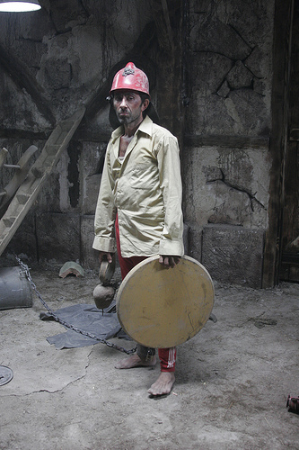 Peker Açikalin in Destere (2008)