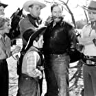 Jean Carmen, Allen Connor, Ray Corrigan, Robert Livingston, Sammy McKim, and Max Terhune in Gunsmoke Ranch (1937)