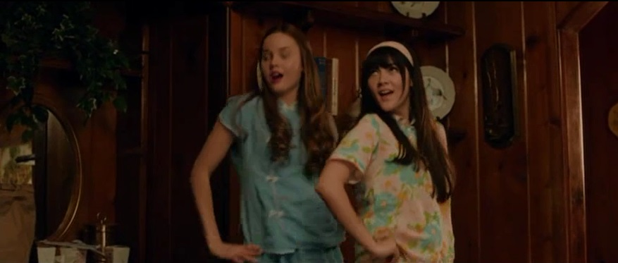 Liana Liberato and Isabelle Fuhrman in Dear Eleanor (2016)