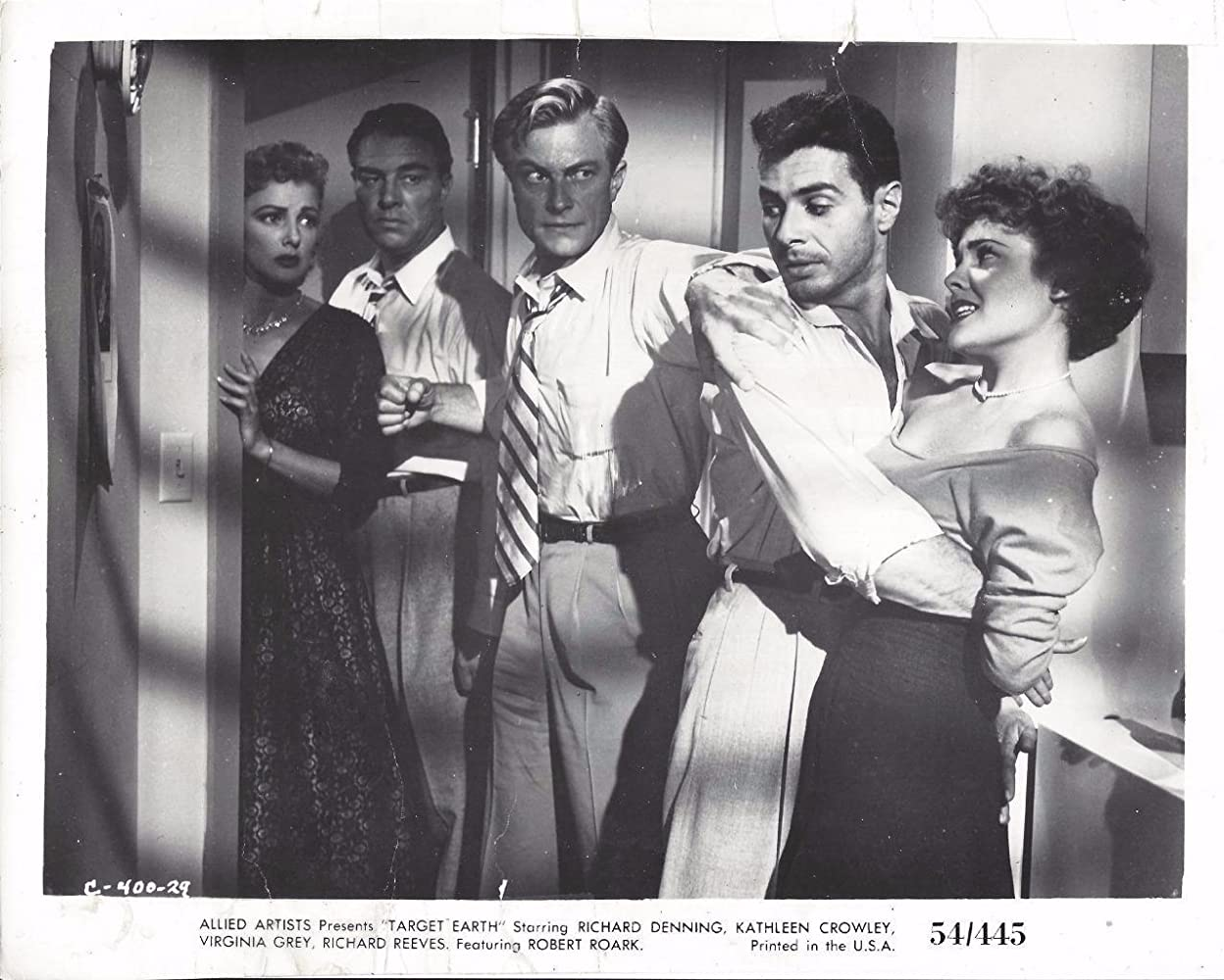 Kathleen Crowley, Richard Denning, Virginia Grey, Richard Reeves, and Robert Roark in Target Earth (1954)