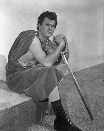 Tony Curtis in The Black Shield of Falworth (1954)