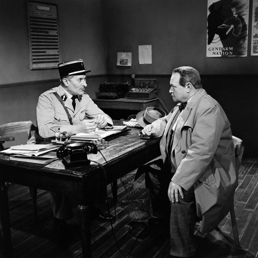 Pierre Moncorbier and Raymond Souplex in Les cinq dernières minutes (1958)