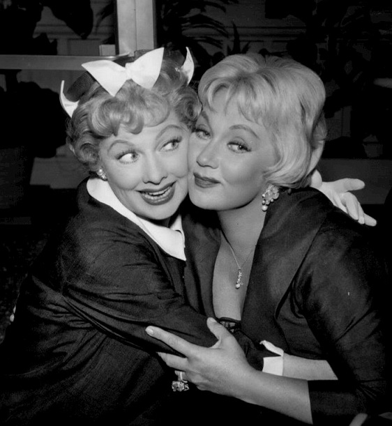 Lucille Ball and Ann Sothern in The Ann Sothern Show (1958)