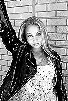 Teen Actresses/Actors Born between 2000-2004 - IMDb