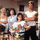Nelly Frijda, Scarlett Heuer, Tatjana Simic, Sander Swart, Coen van Vrijberghe de Coningh, and Stefan de Walle in Flodder 3 (1995)