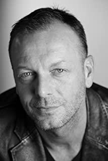 Hugo Speer Picture