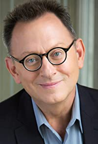Primary photo for Michael Emerson