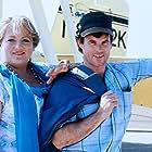 Brad Davis and Marianne Sägebrecht in Rosalie Goes Shopping (1989)