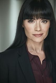 Angela Cohen Picture