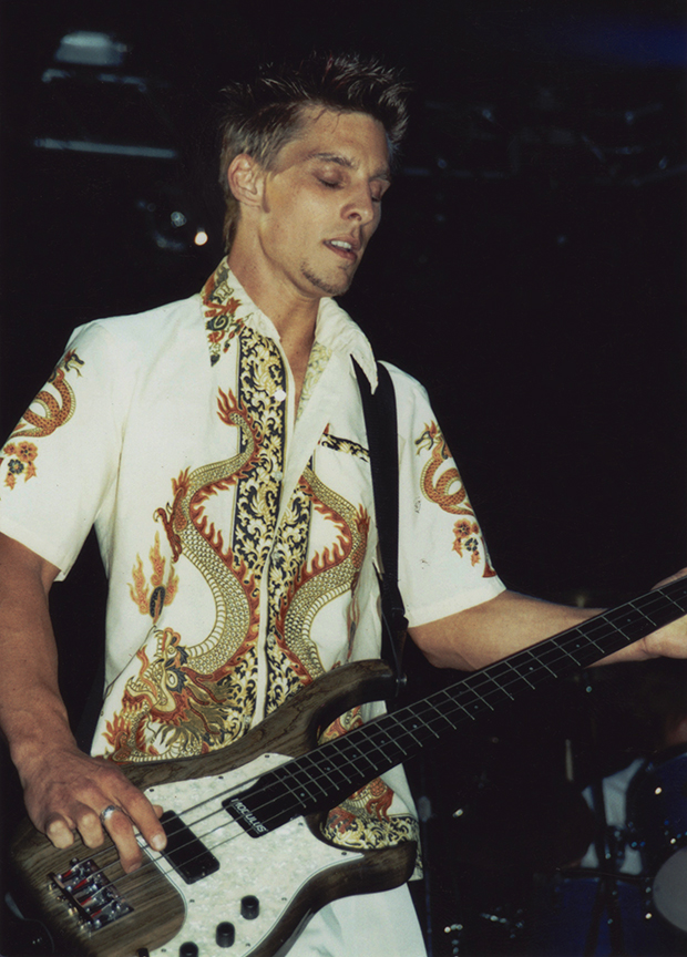 Bass at the Whiskey a Go-Go in 2001.