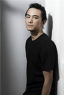 Xiaochen Zhang Picture