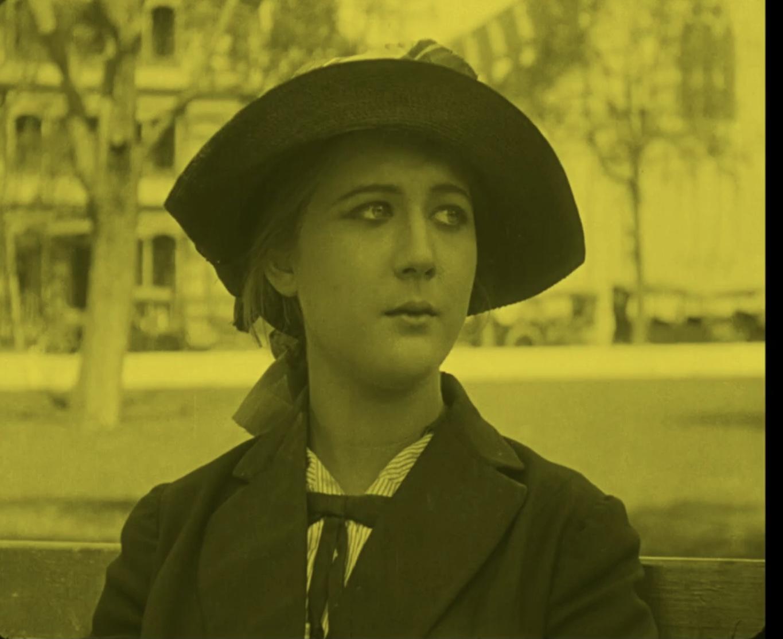 Mary MacLaren in Shoes (1916)