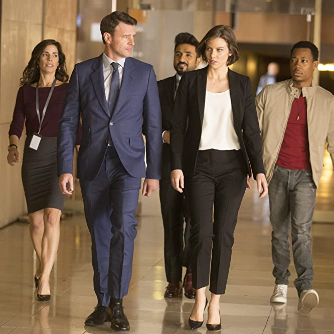 Scott Foley, Ana Ortiz, Lauren Cohan, and Tyler James Williams in Whiskey Cavalier (2019)