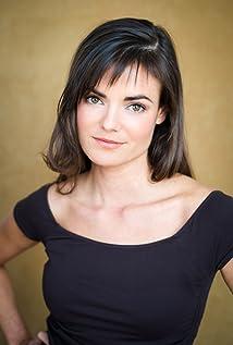 Kristen MacCulloch Picture
