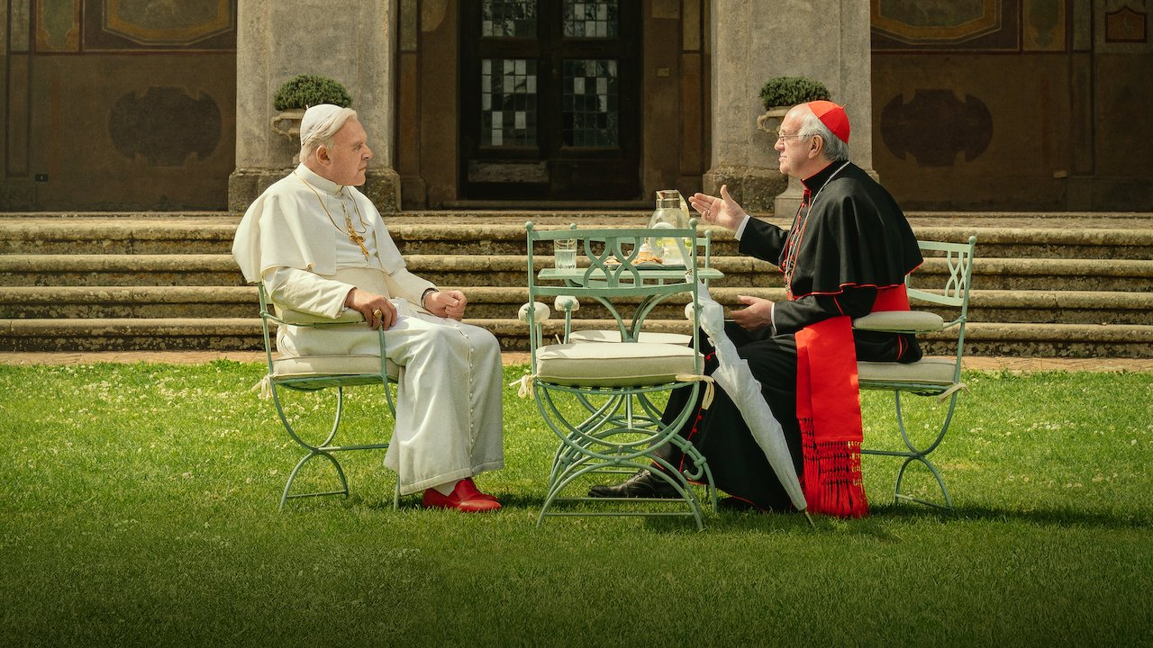 Anthony Hopkins and Jonathan Pryce in The Two Popes (2019)