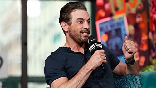 "BUILD: Skeet Ulrich Weighs in on the ""Riverdale"" Ship, ""Falice"""