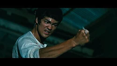 Clip: Bruce Lee fights thugs
