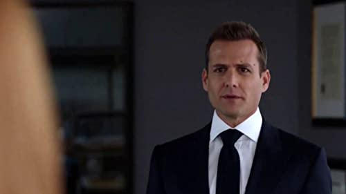 Suits: Donna Won't Let Faye Rip Harvey And Louis Apart