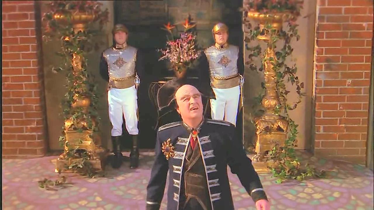 Peter Jurasik in Babylon 5 (1993)