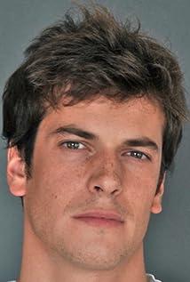 Léo Dussollier Picture