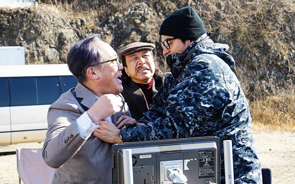 Fumiyo Kohinata, Shirô Sano, and Masahiro Higashide in The Confidence Man JP (2018)