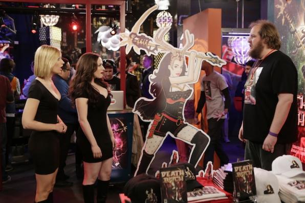 Kat Dennings, Dominic Burgess, and Beth Behrs in 2 Broke Girls (2011)