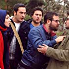 Hanie Tavassoli, Houman Seyyedi, Mostafa Zamani, Milad Keymaram, and Mohsen Kiayee in Special Line (2014)