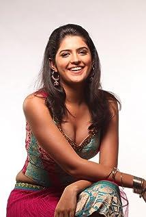 Deeksha Seth Picture