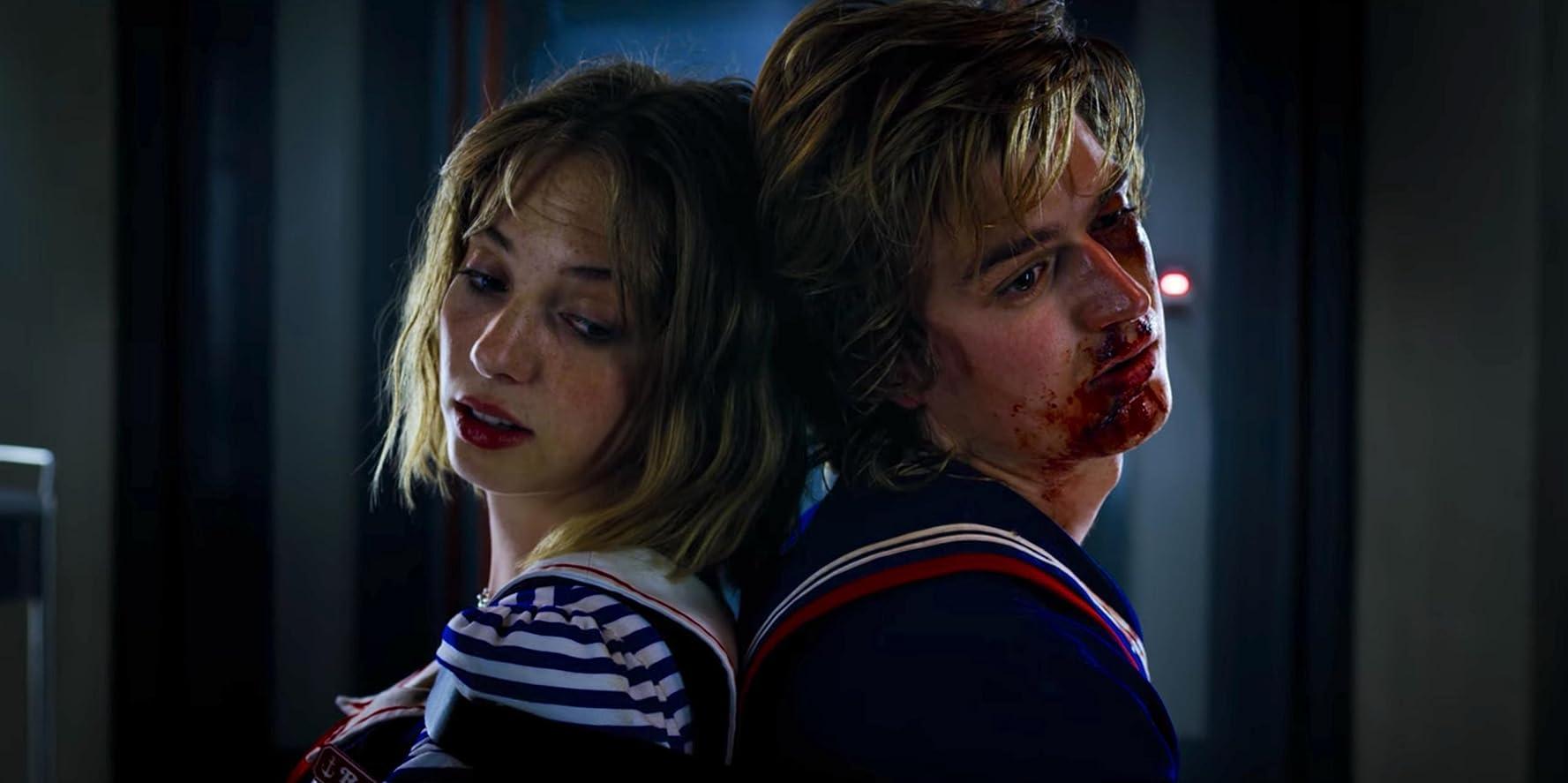 Maya Hawke and Joe Keery in Stranger Things (2016)