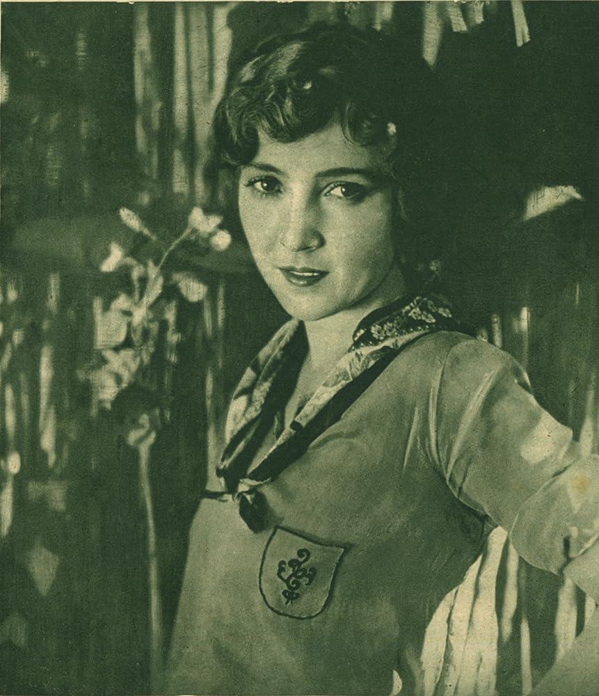 Bessie Love in The Lost World (1925)