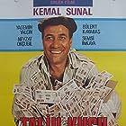 Kemal Sunal in Talih Kusu (1989)