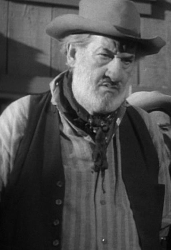 Ed Brady in In Old California (1942)