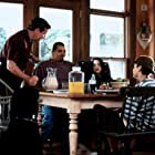 Sinbad, Phil Hartman, Chauncey Leopardi, Kim Murphy, and Talia Seider in Houseguest (1995)